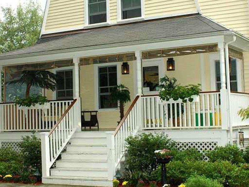 Shore Dutch Colonial
