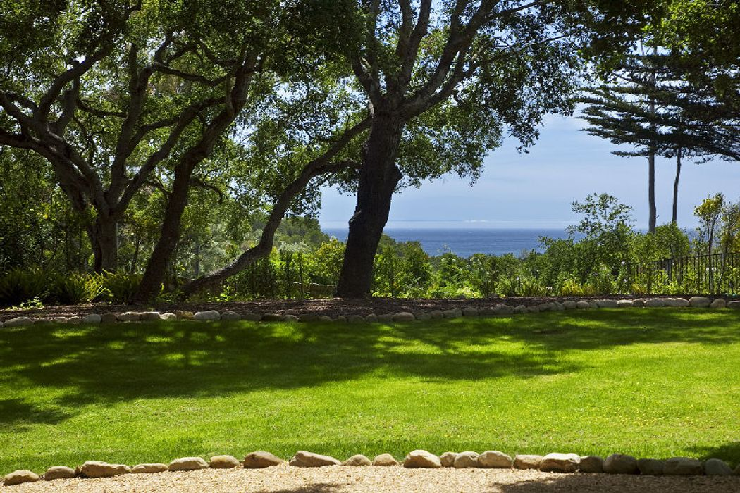 1910 Jelinda Dr Montecito, CA 93108