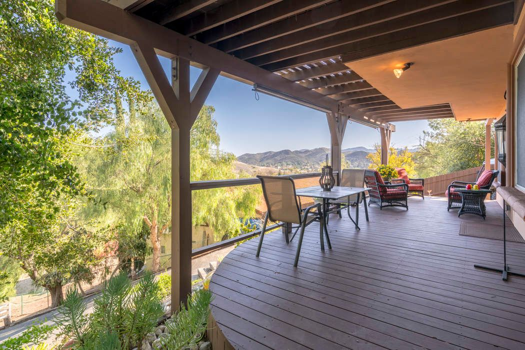 5734 Fairview Place Agoura Hills, CA 91301