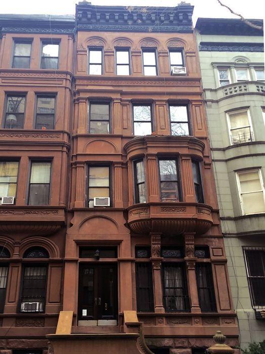 10 West 90th Street New York, NY 10024