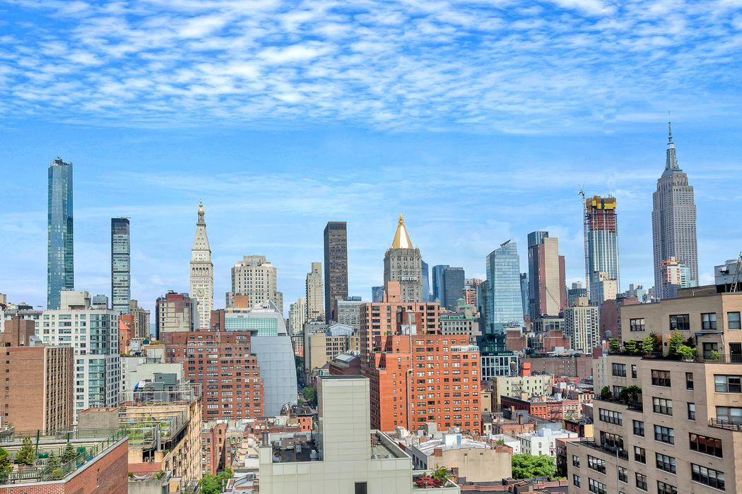 305 East 24th Street New York, NY 10010
