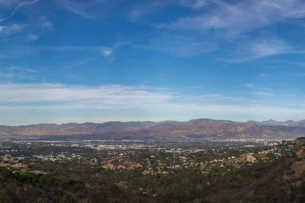 2708 Bowmont Drive Beverly Hills, CA 90210
