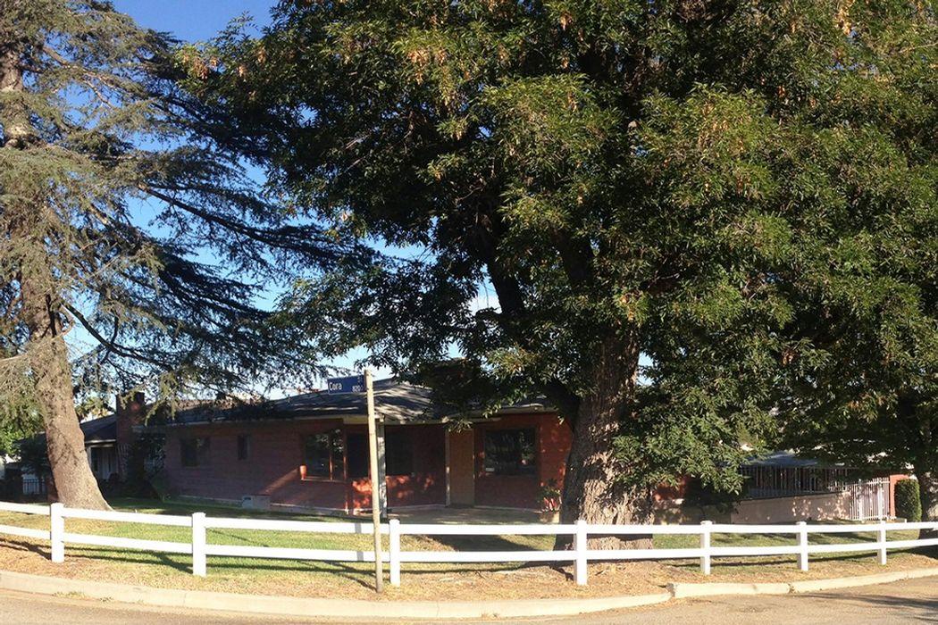 8201 Cora Street Sunland, CA 91040