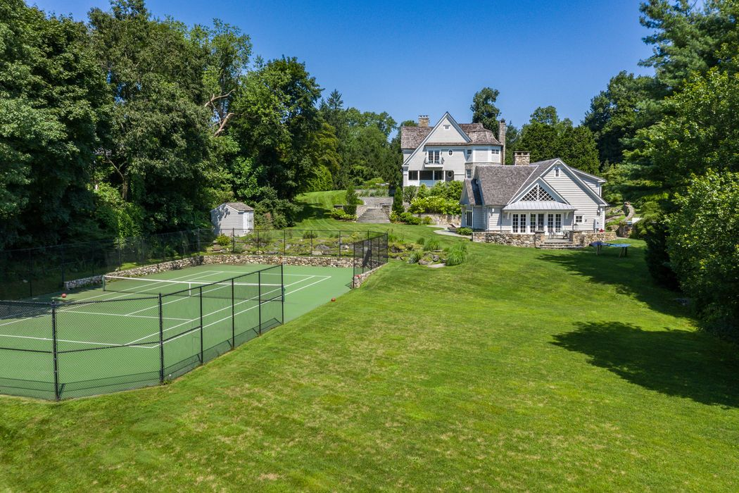 136 Parsonage Road Greenwich, CT 06830