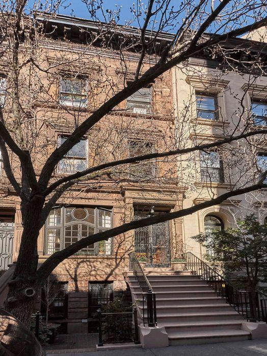 29 East 93rd Street New York Ny 10128 Sotheby S