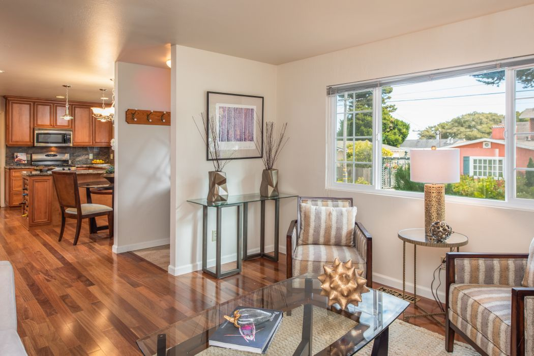 306 Walnut Street Pacific Grove, CA 93950