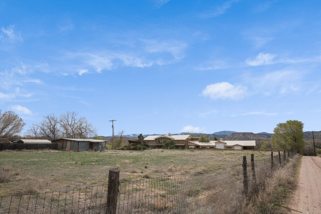 32 Terrace Farm Road La Mesilla, NM 87532