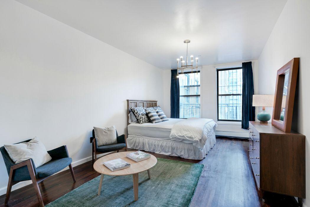 213 Park Avenue South New York, NY 10003