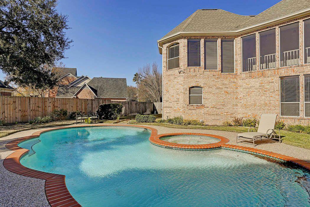 2615 Autumn Lake Drive Katy, TX 77450