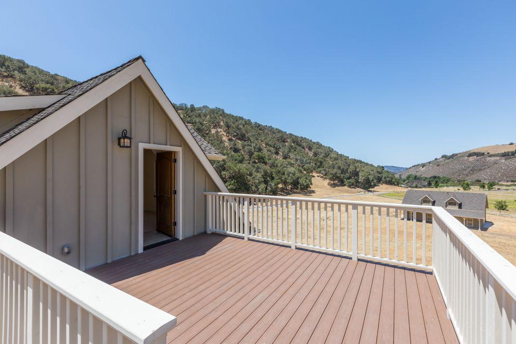 Extraordinary Country Estate / Retreat Corral De Tierra, CA 93908