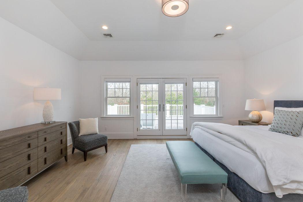 18 Noelles Lane East Hampton, NY 11937