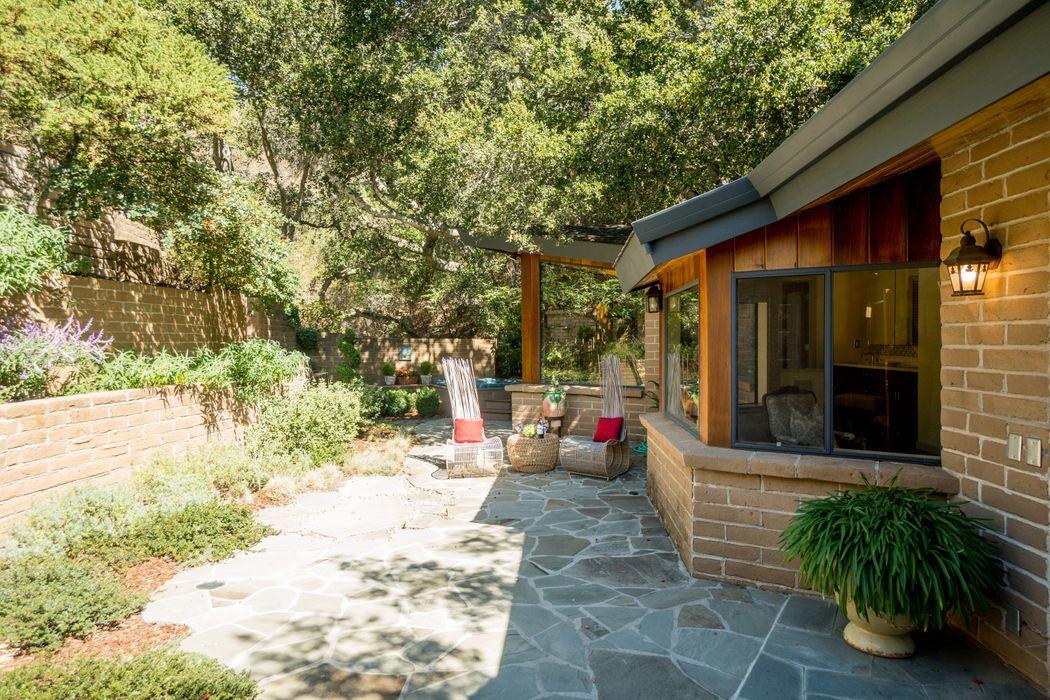 9 Story Road Carmel Valley, CA 93924