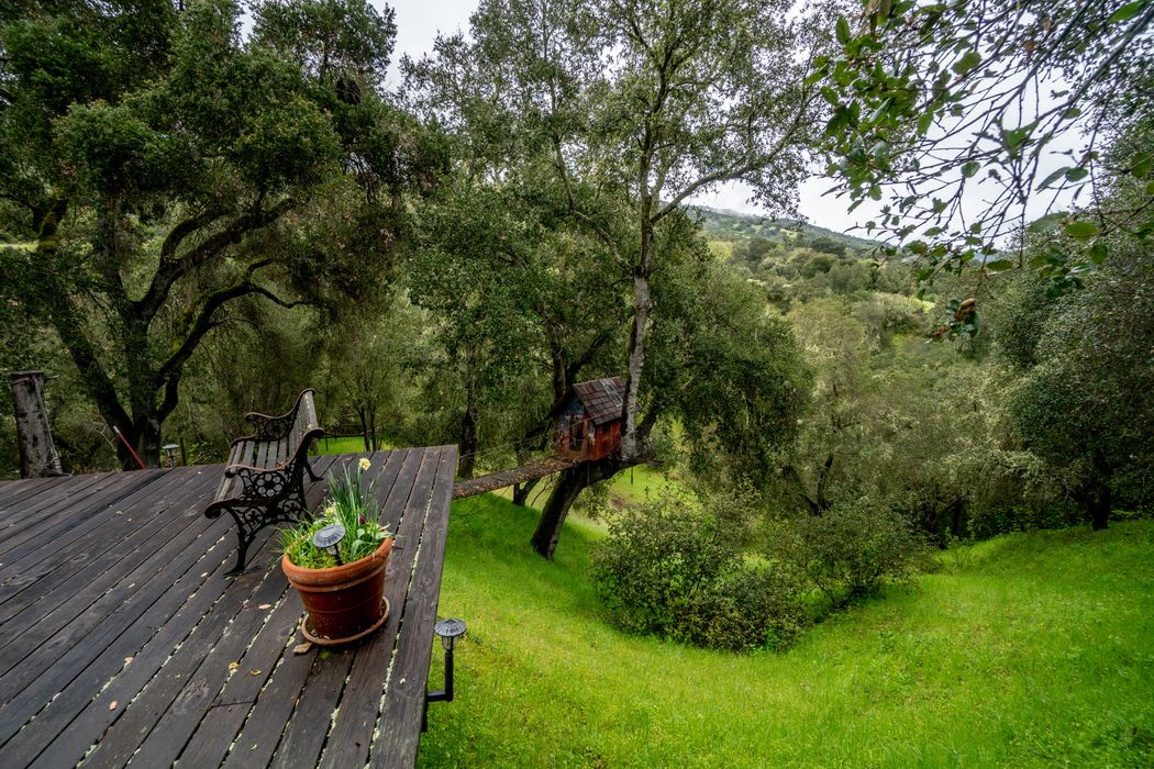 17400 Cachagua Road Carmel Valley, CA 93924