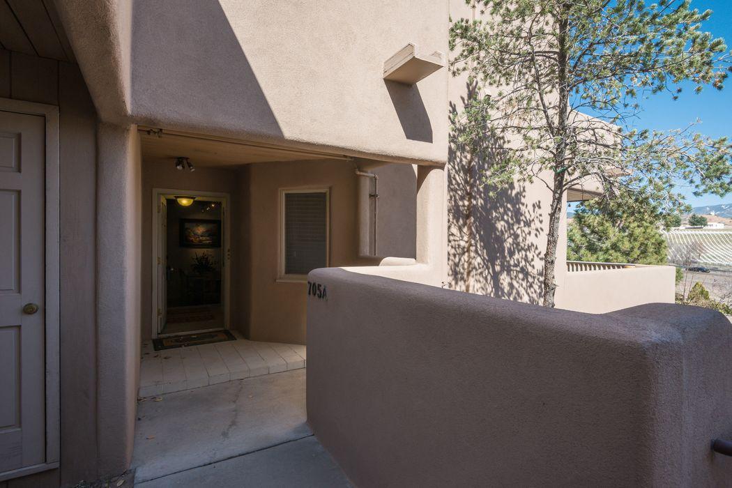 705 Viento Drive #A Santa Fe, NM 87501