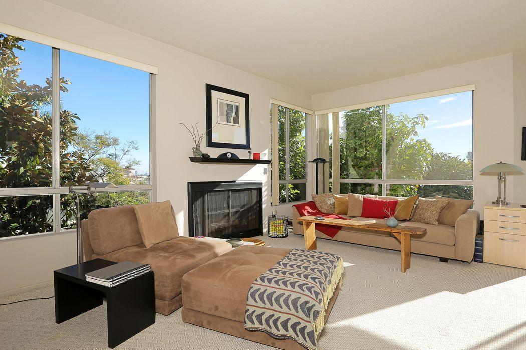 8960 Cynthia Street West Hollywood, CA 90069