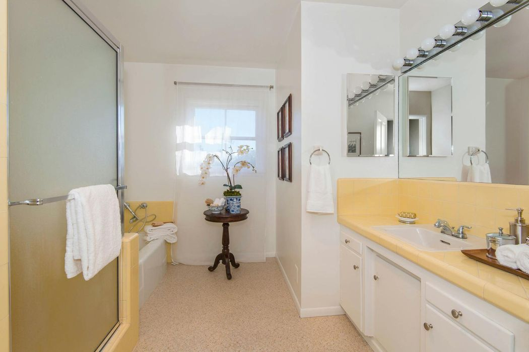 Delightful family home  Pacific Palisades, CA 90272