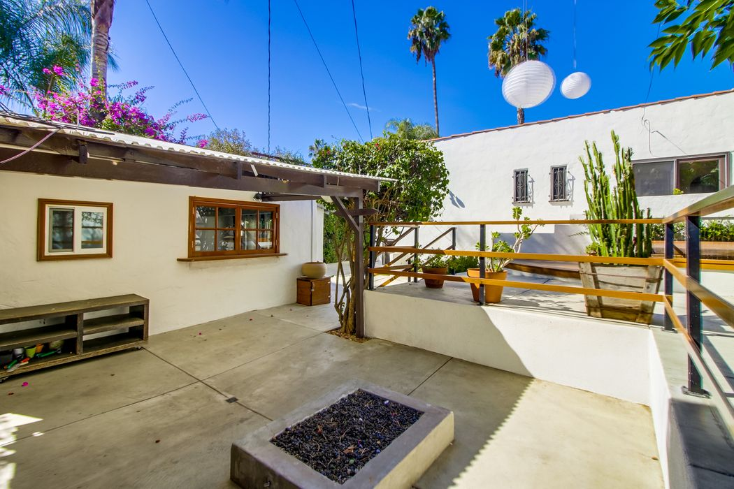 Spanish Character Home in Miracle Mile Los Angeles, CA 90019