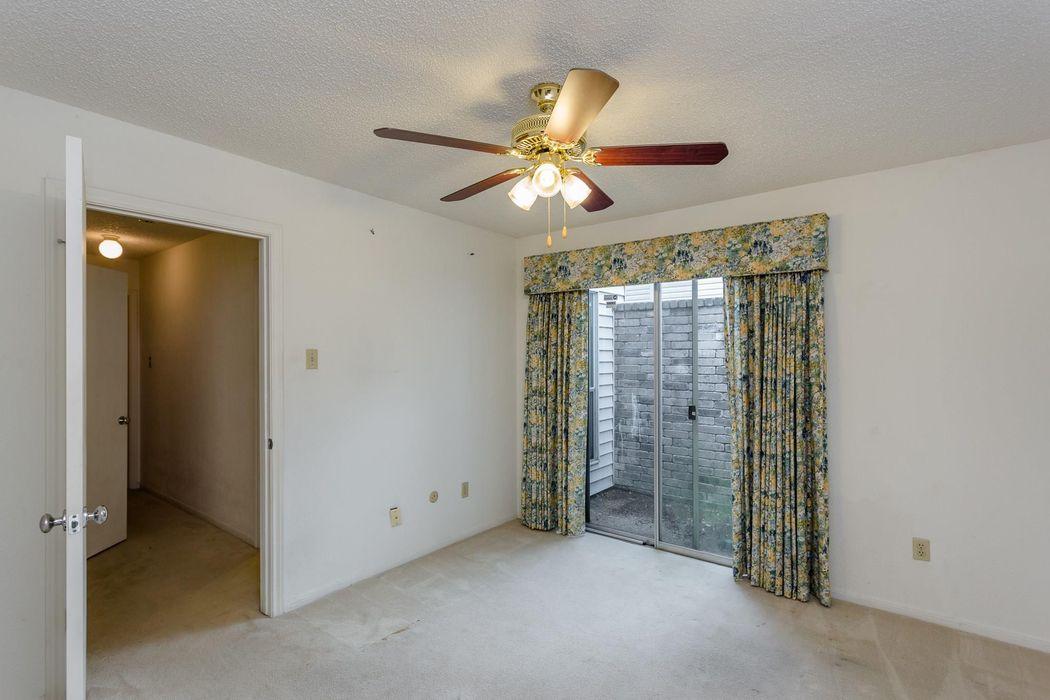 12439 South Garden Street Houston, TX 77071