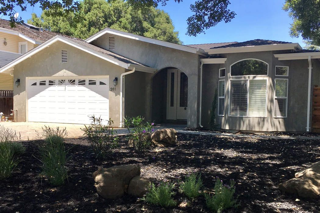 Remodeled 5 Bedroom Home In Los Altos