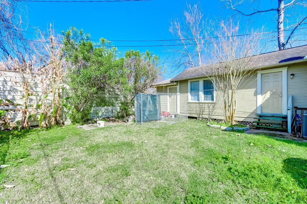 6714 Schuller Rd Houston, TX 77093