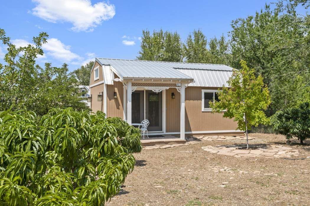 7 Camino De Pastores Santa Fe, NM 87506