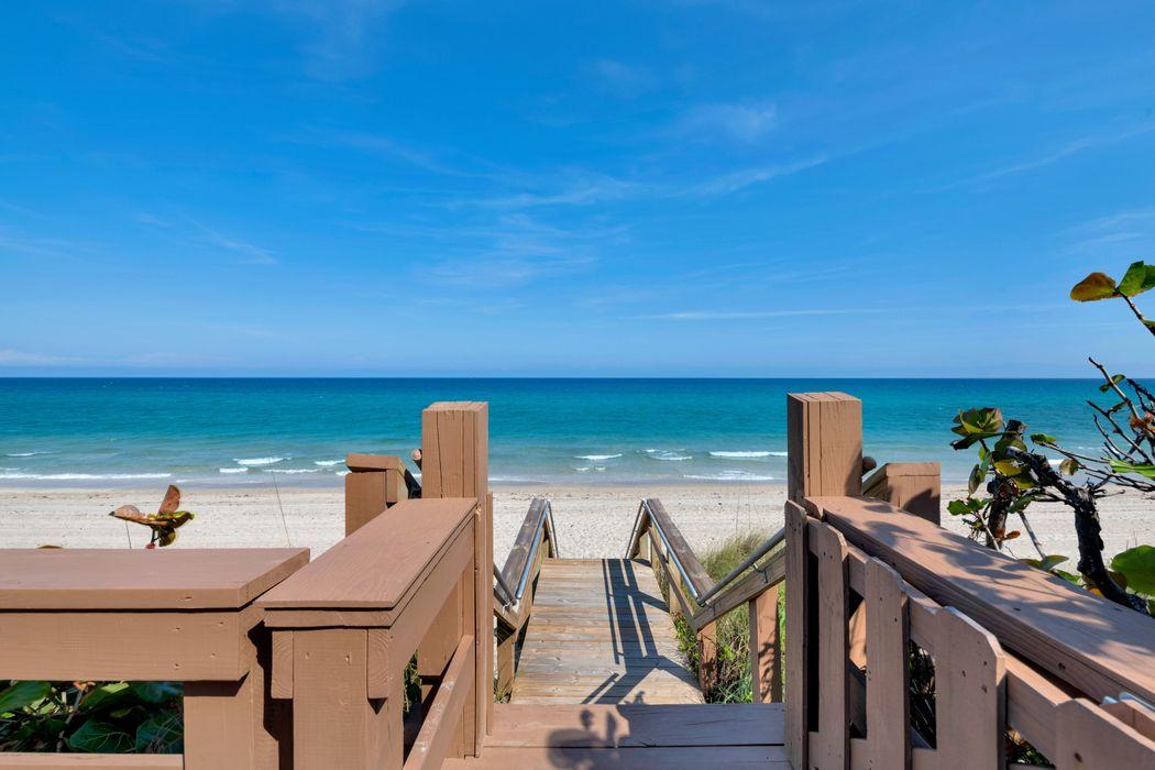 3390 S Ocean Blvd Palm Beach, FL 33480