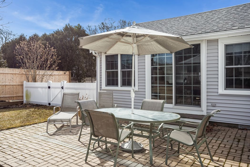 288 West Bay Road Osterville, MA 02655