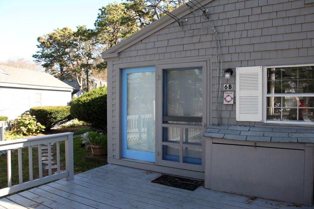 432 Sea Street Hyannis, MA 02601