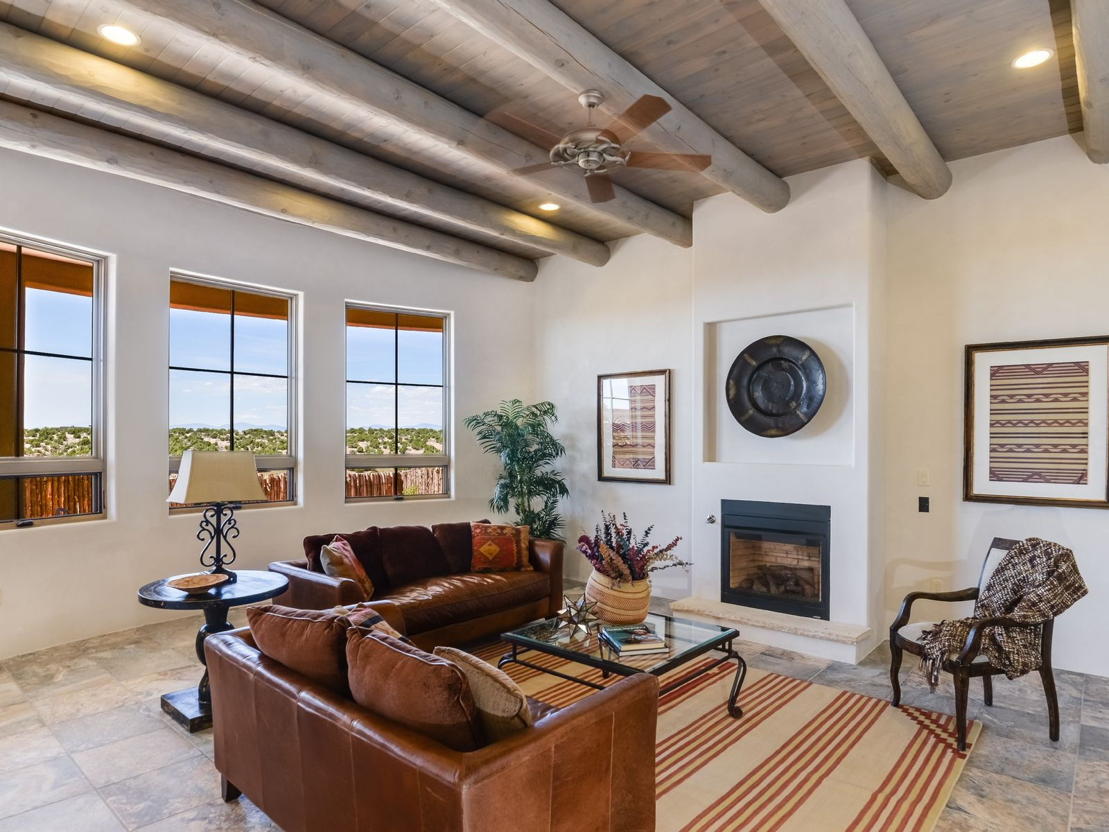1 Camino Barranca, Santa Fe NM Single Family Home - Santa Fe Real Estate