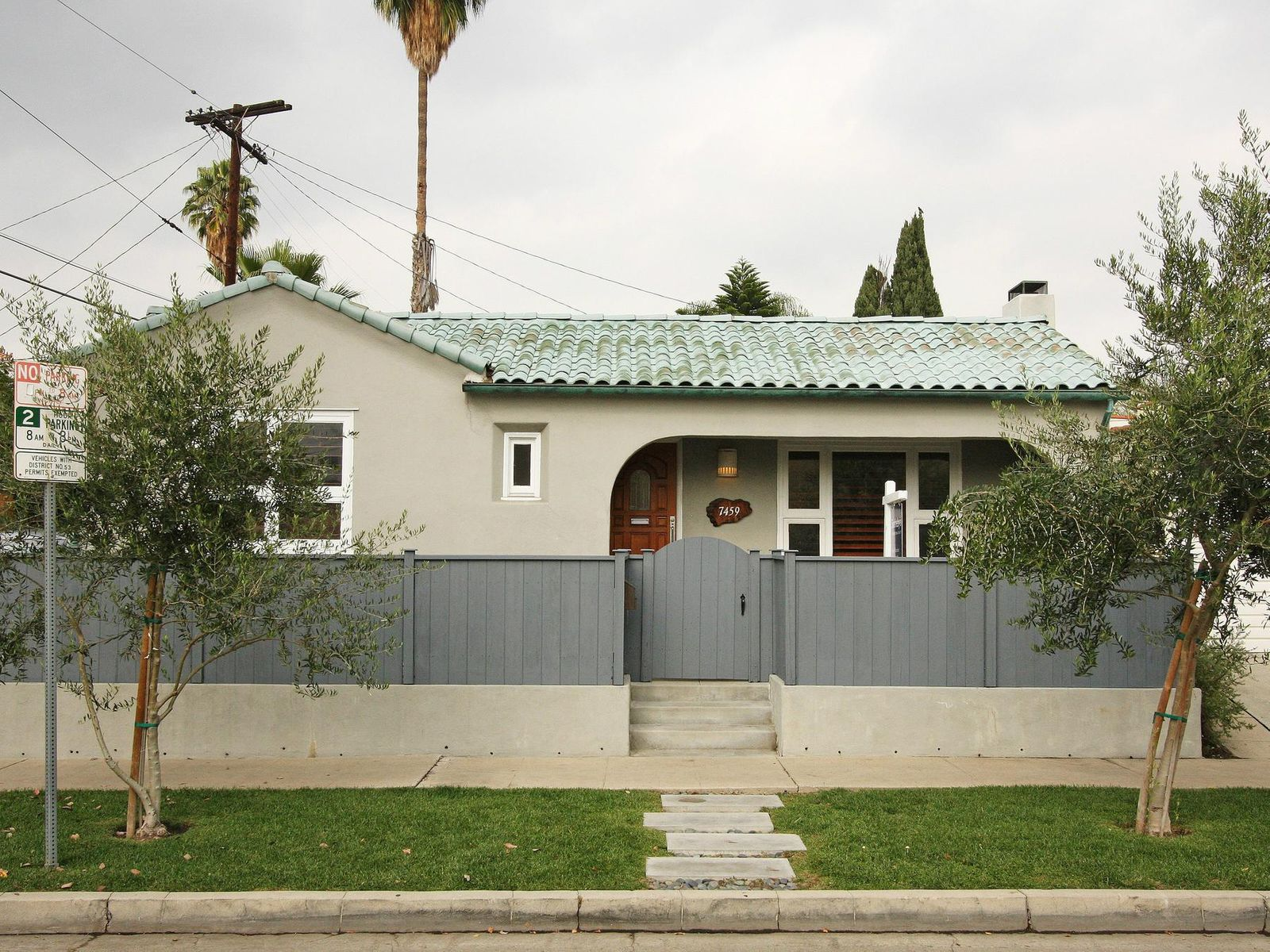 Great Starter House, Los Angeles CA Single Family Home - Los Angeles Real Estate