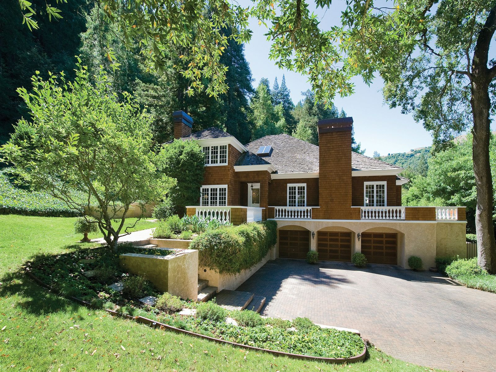 Traditional 'Old Ross' Estate, Ross CA Single Family Home - San Francisco Real Estate