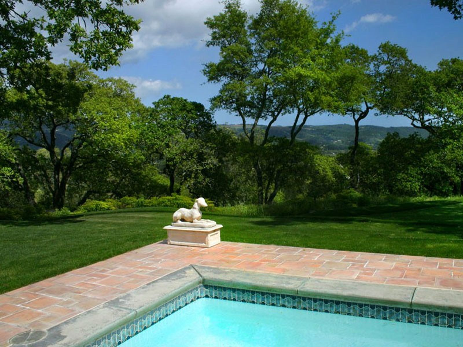Spectacular Knoll-Top Home, Sonoma CA Single Family Home - Sonoma - Napa Real Estate
