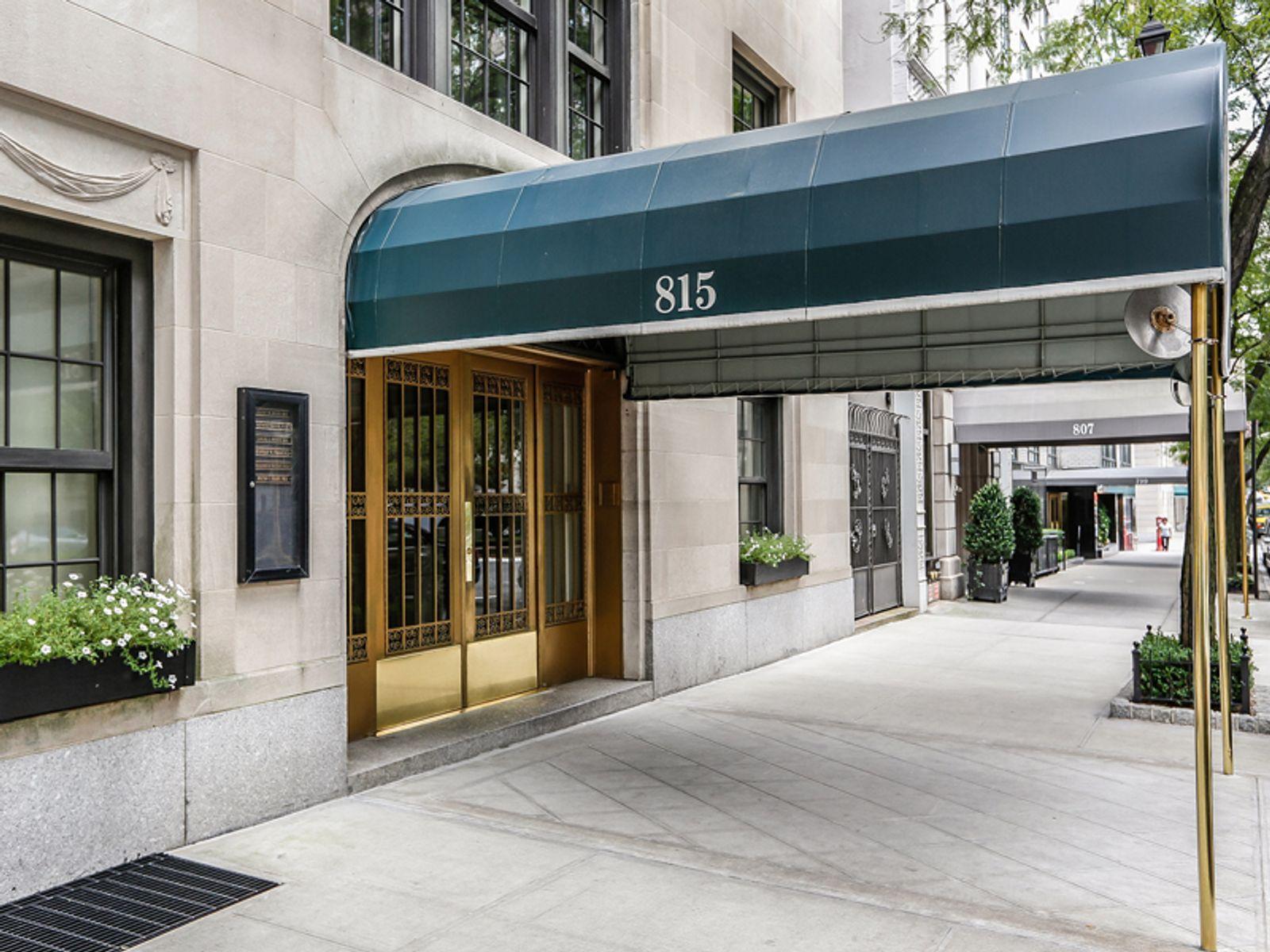 815 Park Avenue