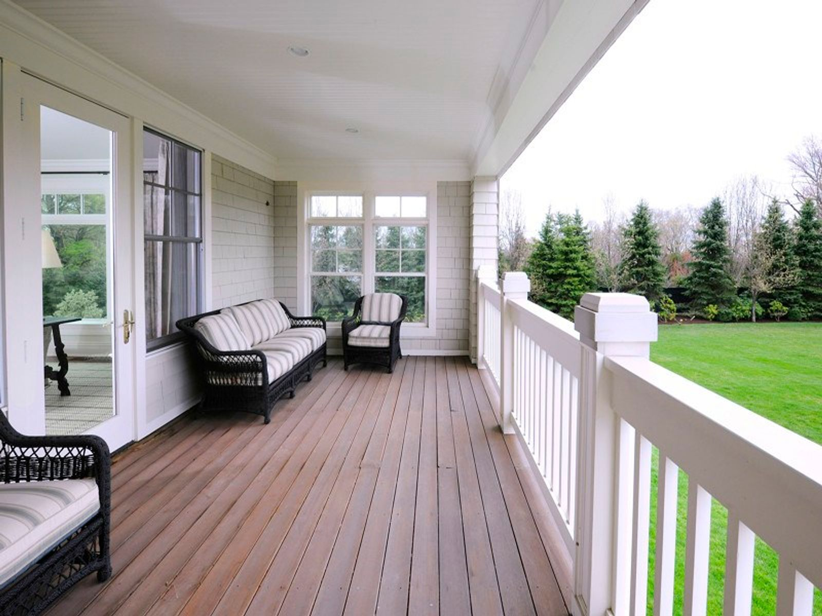 Porch off Guest Sitting Room