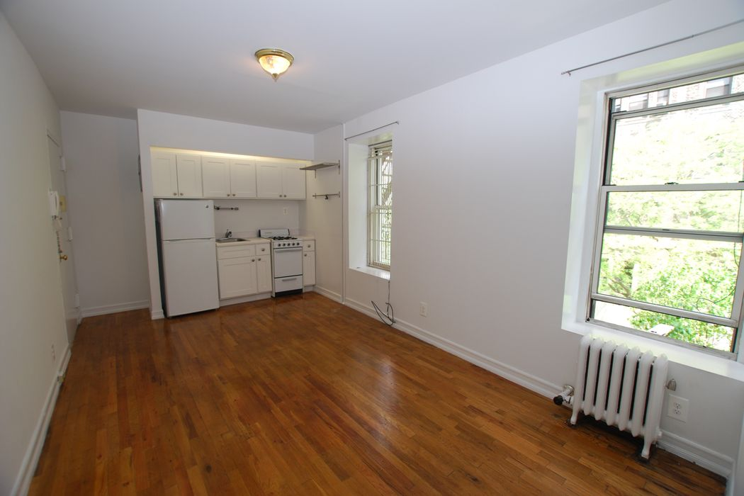 230 West 82nd Street New York, NY 10024