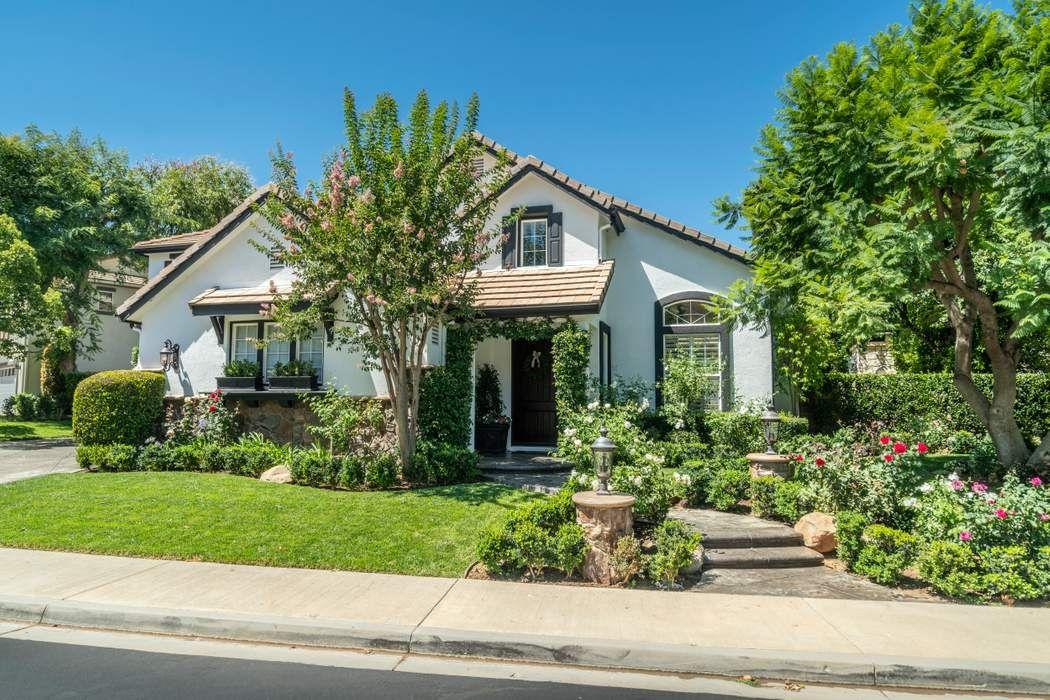 33 Oak View Court Simi Valley, CA 93605