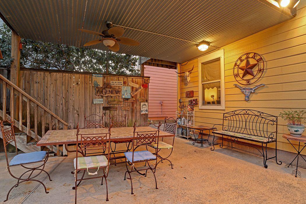 217 Knox Street Houston, TX 77007