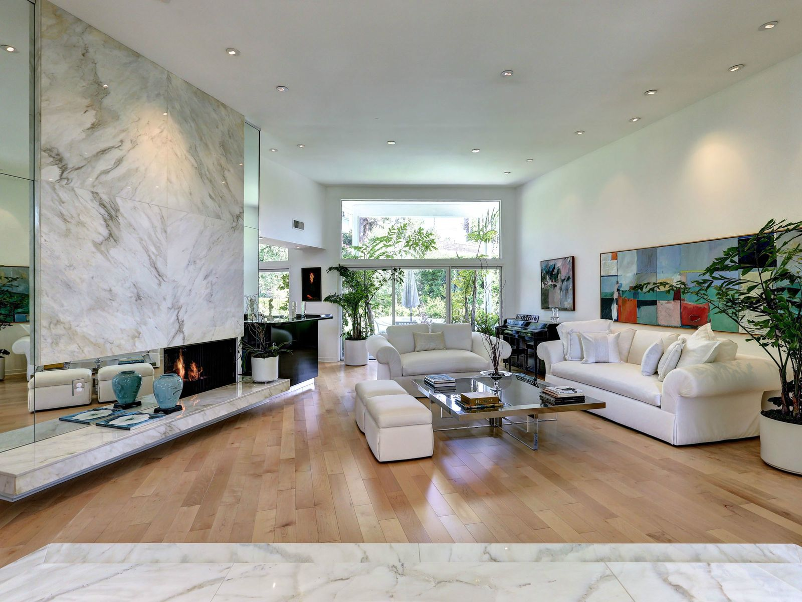 Remarkable Contemporary