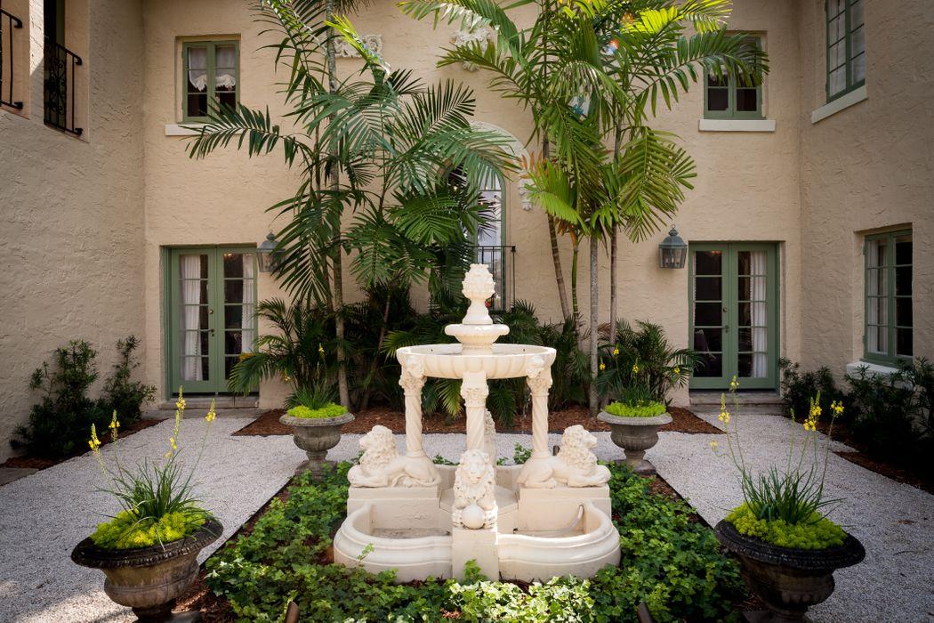 124 Churchill Rd West Palm Beach, FL 33405