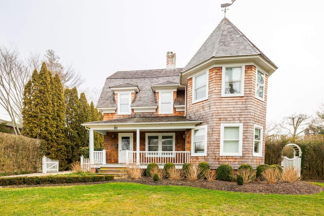 Restored Victorian in SouthamptonVillage