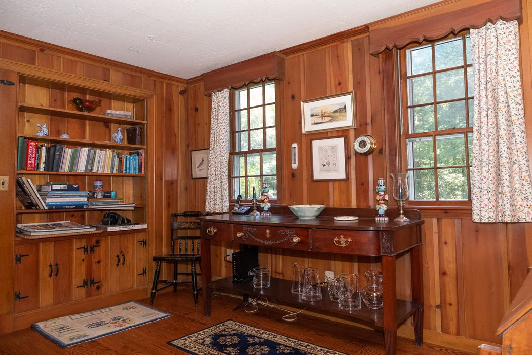 105 Eel River Road Osterville, MA 02655