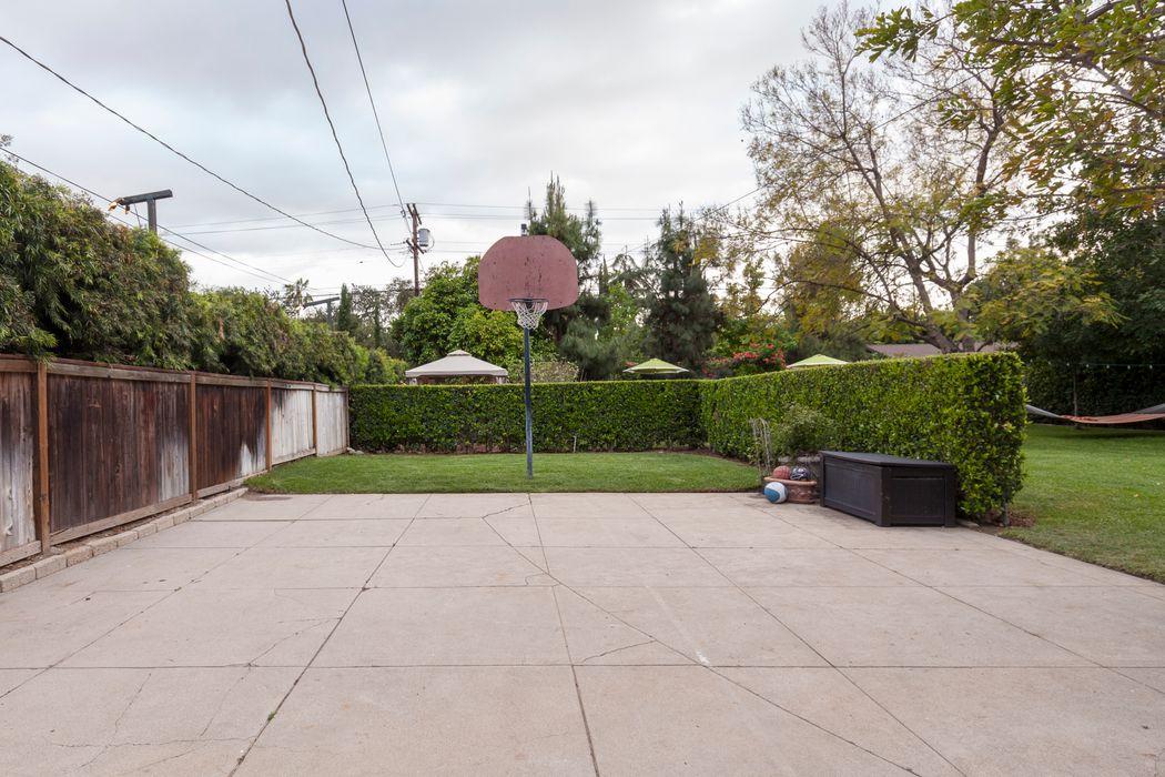 1650 Mountain Street Pasadena, CA 91104