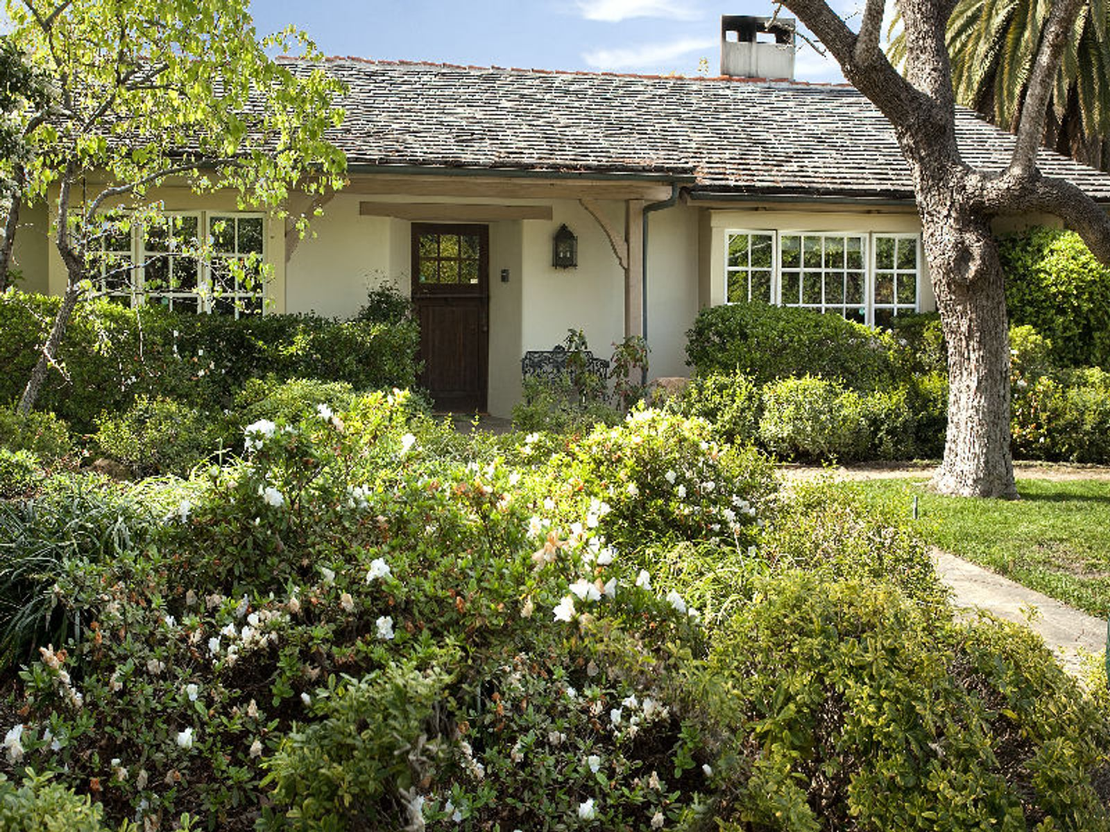 Elegant  French Country-style, Santa Barbara CA Single Family Home - Santa Barbara Real Estate