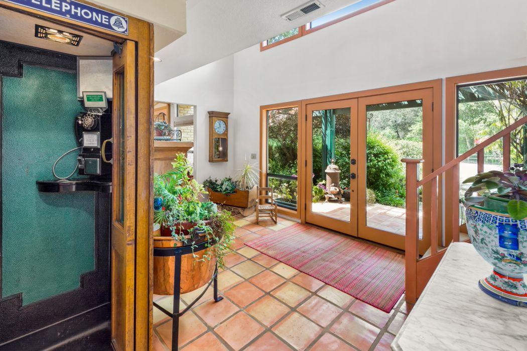 13 East Garzas Road Carmel Valley, CA 93924
