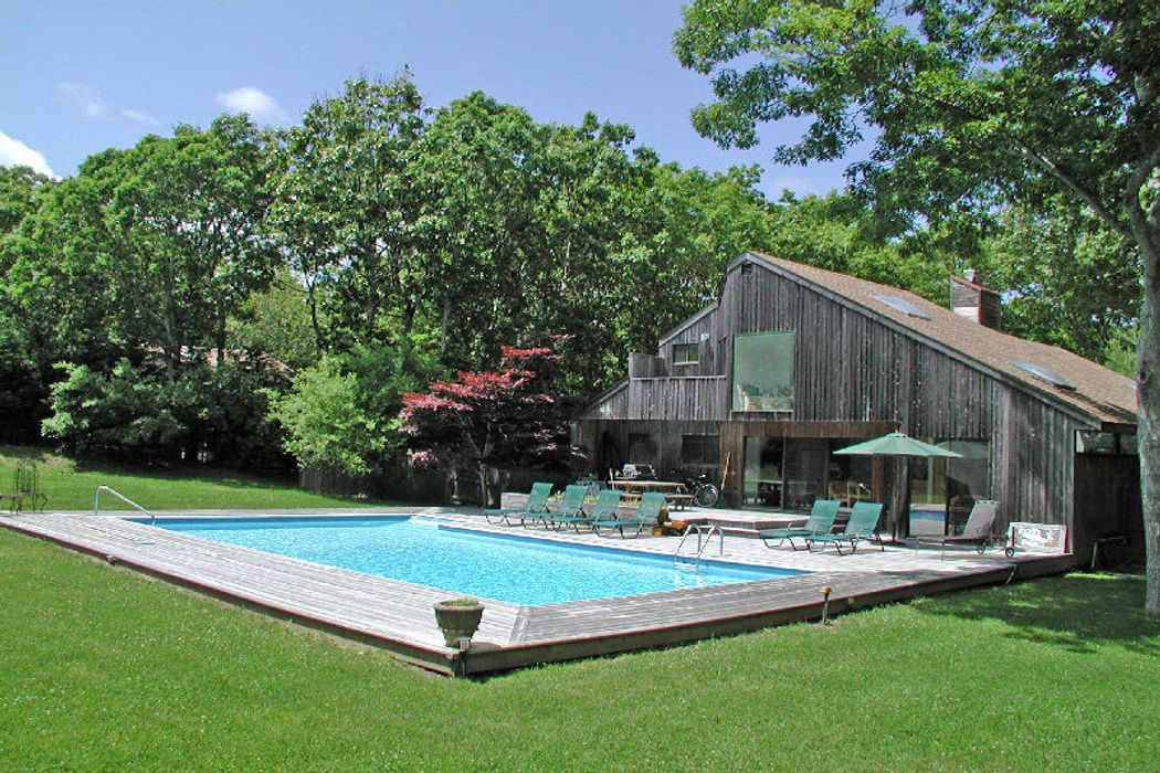 East Hampton Village Edge - in Contract