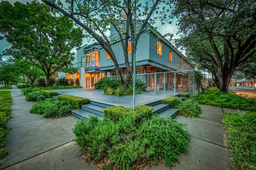 3319 Virginia Street Houston, TX 77098