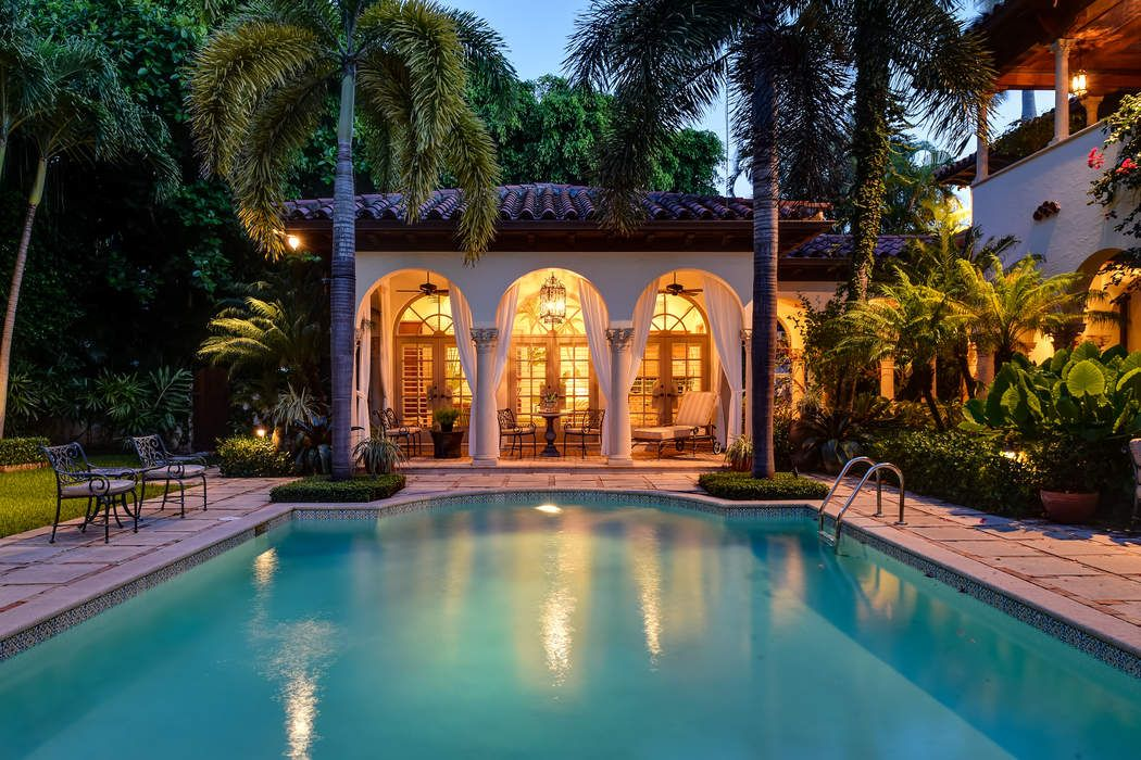 210 El Vedado Rd Palm Beach, FL 33480