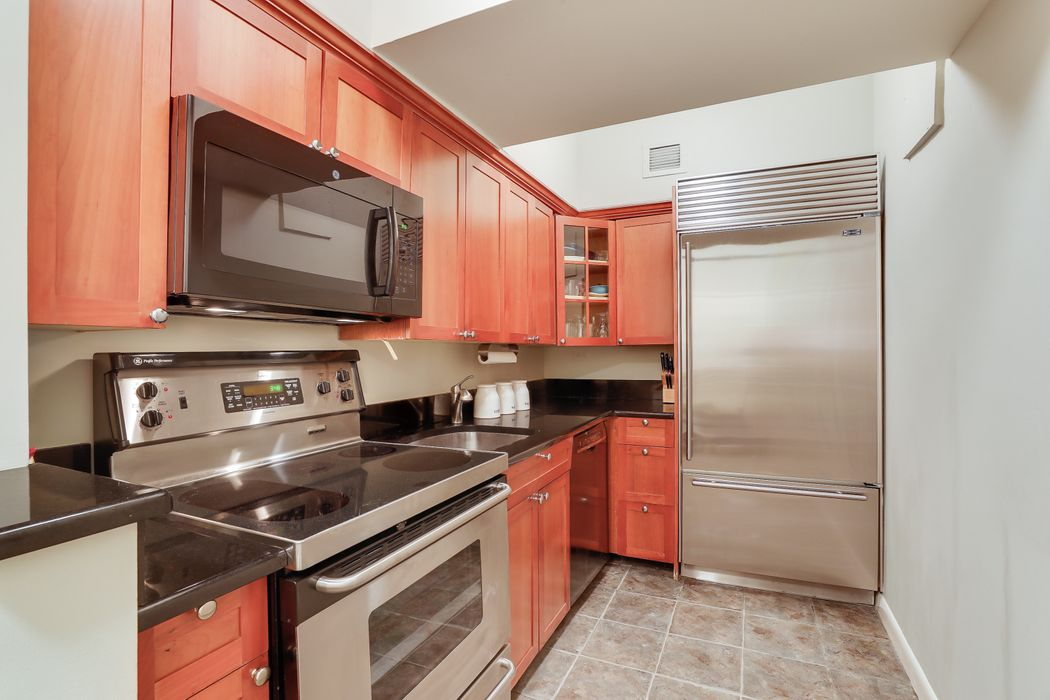 23 West 73rd Street New York, NY 10023