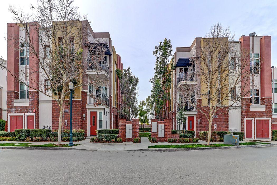 706 West 1st Street Claremont, CA 91711