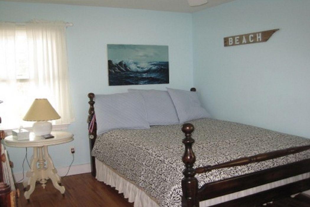 Summer Retreat Close to Sag Harbor Sag Harbor, NY 11963